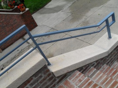 Tubular steel custom hand railing. (Harlem, NY)