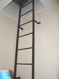 Steel roof ladder interior