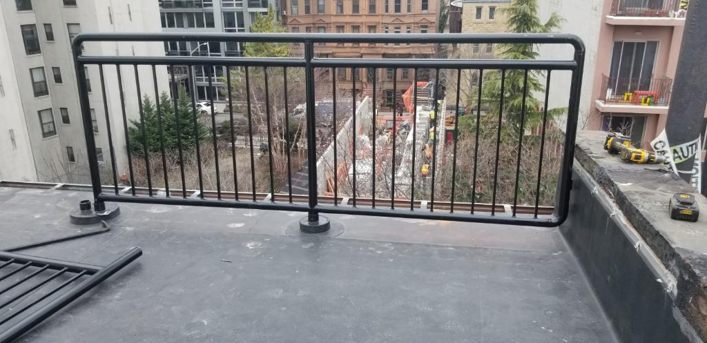 Fabrication Of Roof And Parapet Railing Guardrail And Fence In Ny