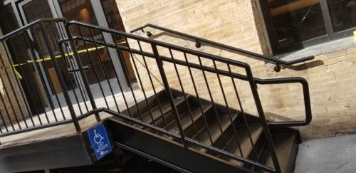 closed tread diamond plate-metal steps