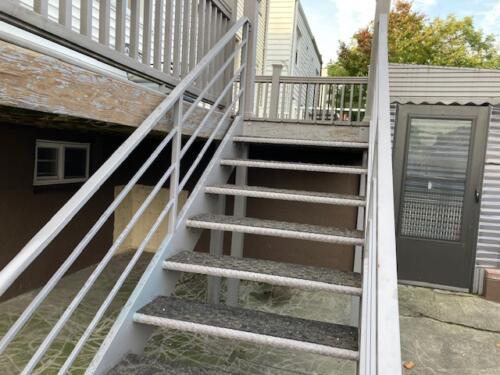 diamond plate meta steps tube rails